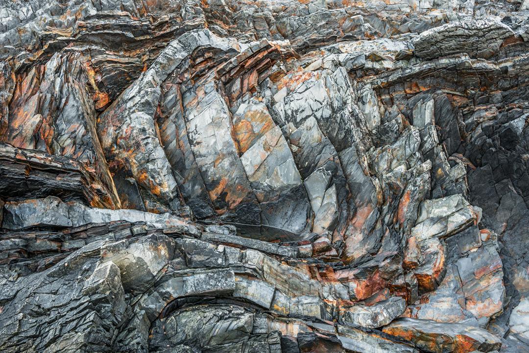 Waving rocks