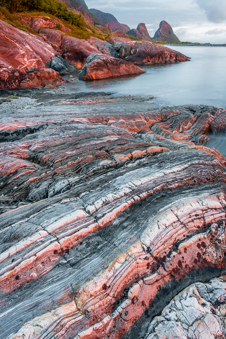Coast in shades of red